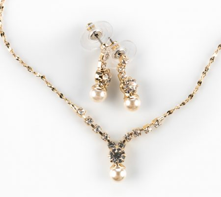 Gold Plated Pearl Crystal Necklace Set