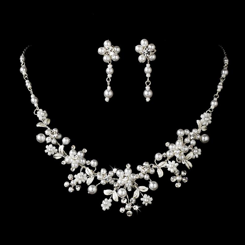 Swarovski Crystal Pearl Necklace Set  b05aeab54