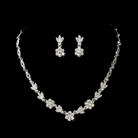 Clear Crystal Flower Necklace Set