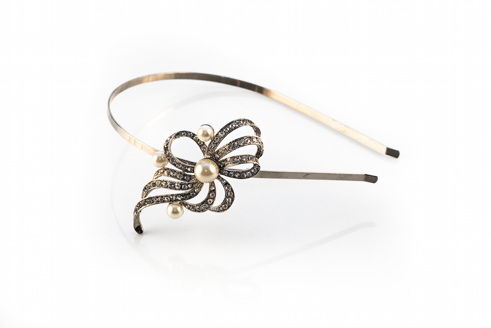 Vintage Silver Pearl Side Accent Headband